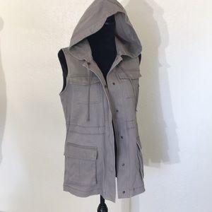 MATTY M beige hooded vest with cinch waist cotton